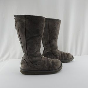 Womens Size 8 Gray UGG Zipper Boots